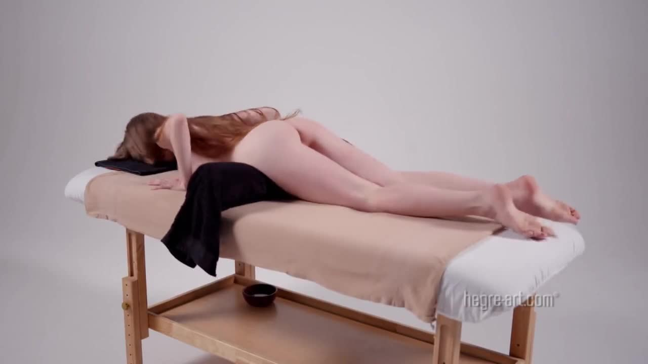 Помог телке снять порнушку