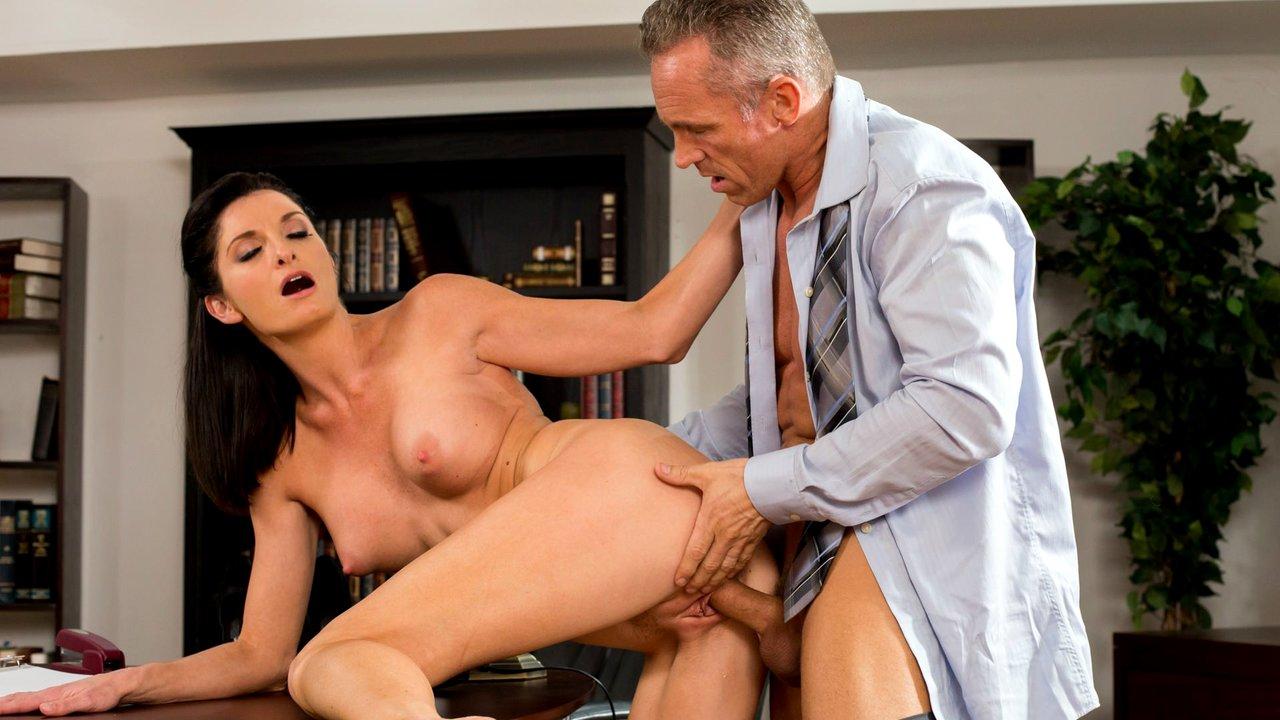 Порно фильм муж на работе